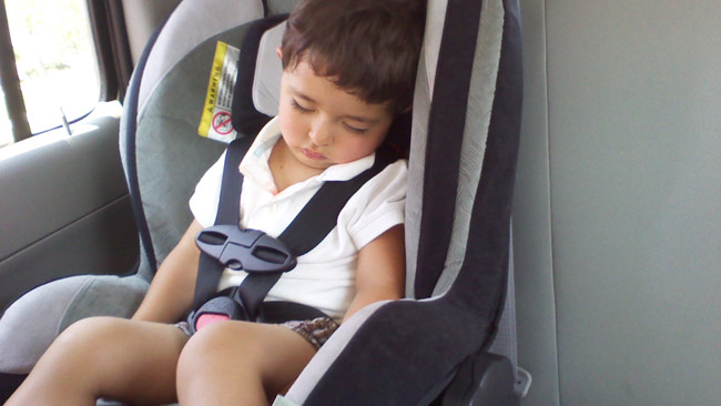 Kid In Car W 300x168 Is Leaving A Child Unattended For 5 Minutes Abuse Or Neglect